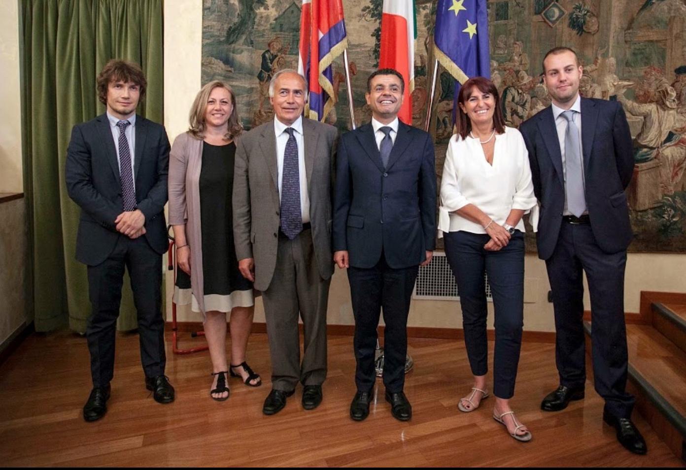 Alessandro benvenuto alessandro benvenuto for Ufficio presidenza